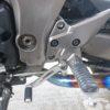 Ninja1000のステップパネルとマスターシリンダーキャップを交換しました。